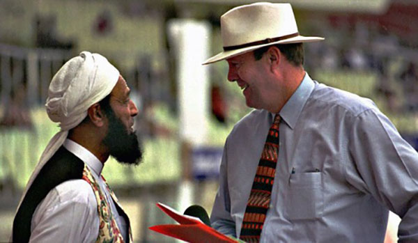 Former England captain and commentator, late Tony Grieg, interviewing Saeed Ahmad in Sharjah in late 1990s. Saeed, a former Pakistan captain had joined the TJ. He is said to be the man who introduced many Pakistani players to TJ.